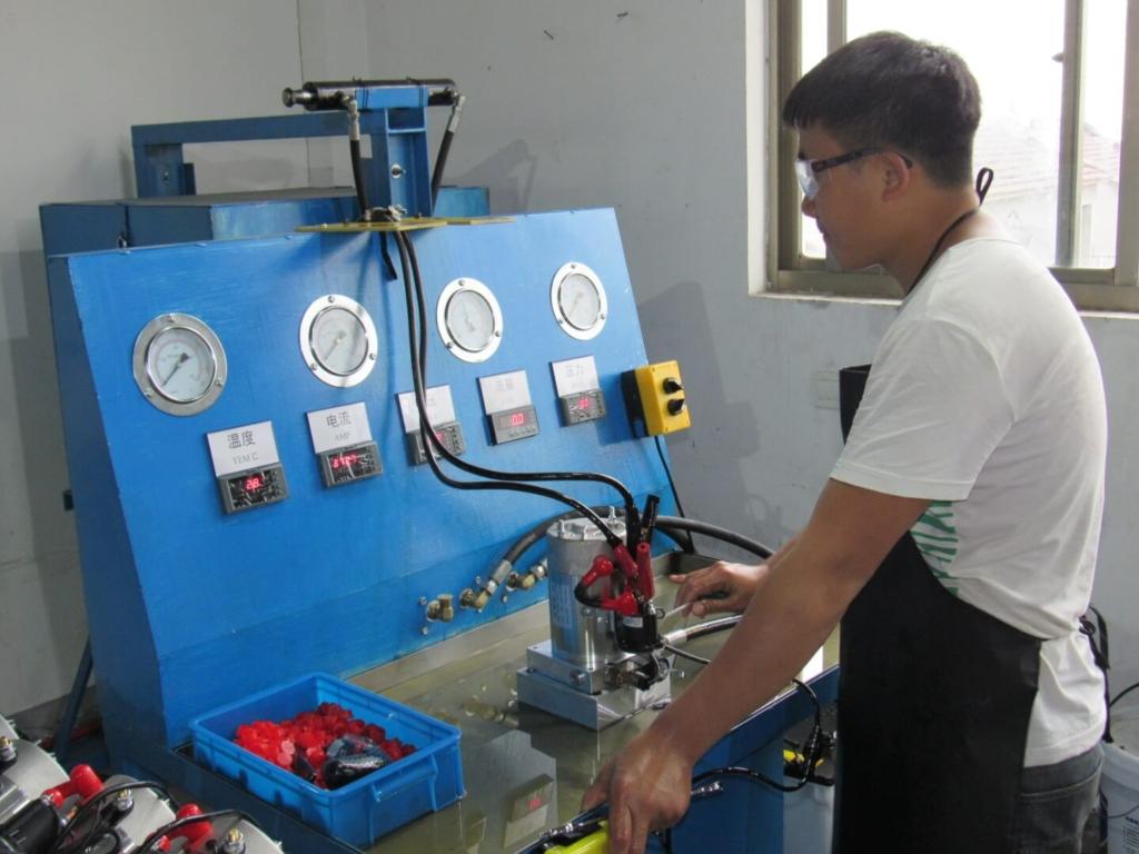 hydraulic-dc-power-units-testing