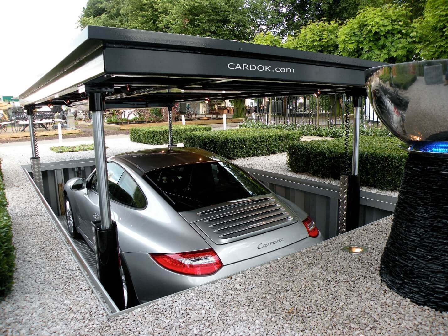 A Hydraulic Car Parking System
