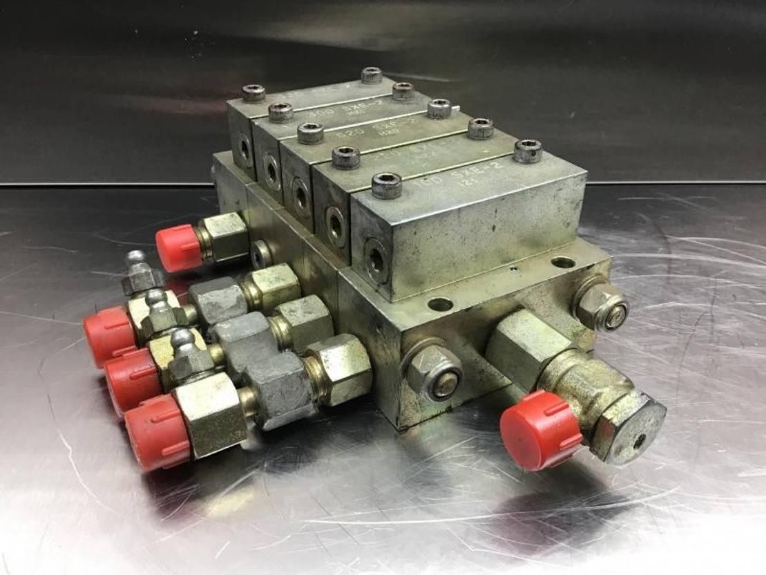 Figure 6. hydraulic modular block